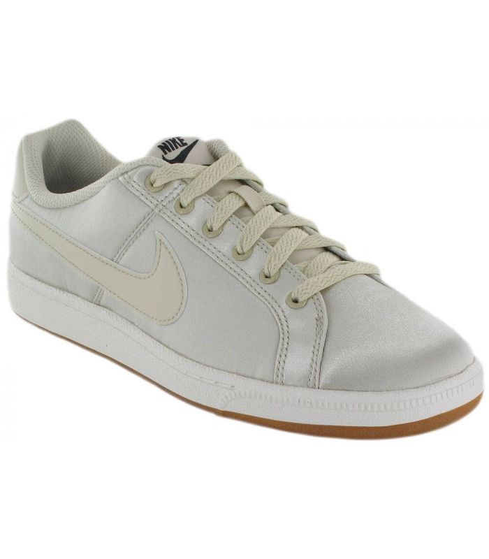 Nike Court Royale SE W 200