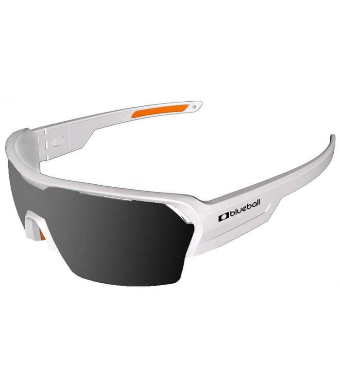 Blueball Aizkorri Matte White / Smoke Blueball Gafas de Sol Sport Gafas Sol Color: blanco