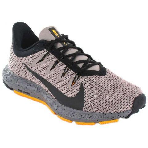 Nike Quest 2 W, Chaussures de Course Nike Femme Chaussures de course Running Tailles: 37,5, 38, 39, 40, 41; Couleur: gris
