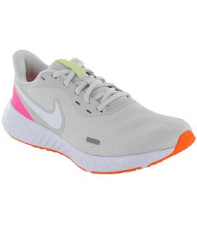 Nike Revolution 5 W 007 Nike Running Shoes Woman running Shoes Running Sizes: 37,5, 38, 39, 40, 41; Color: white